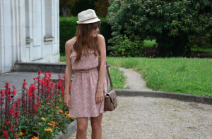 Tenue robe à fleurs Modz.fr 5