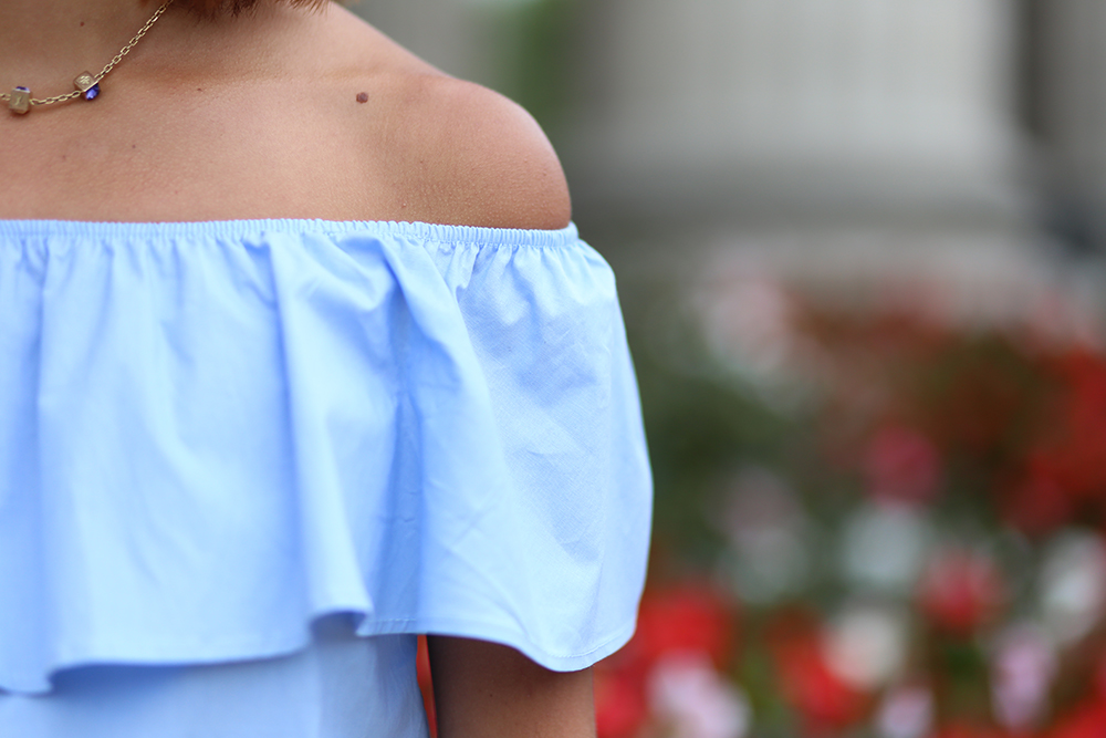 Top-Bleu-Style-Bardot-1
